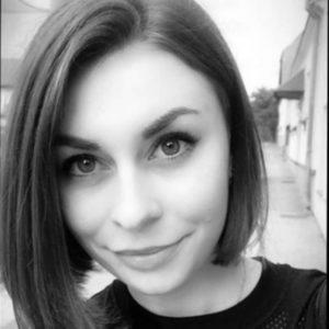 Lenka Hanzalová